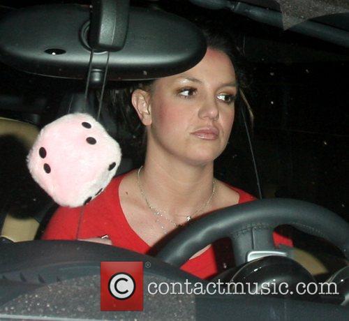 Britney Spears goes for dinner in Cross Creek
