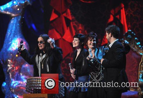 Ozzy Osbourne, Kelly Osbourne and Sharon Osbourne 5