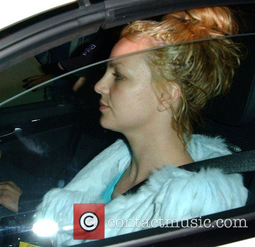 Britney Spears arrives at the Four Seasons Hotel...