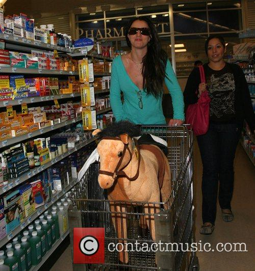 Britney Spears goes late night shopping at Rite...