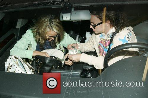 Britney Spears and Jamie Lynn Spears 16