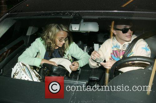 Britney Spears and Jamie Lynn Spears 15