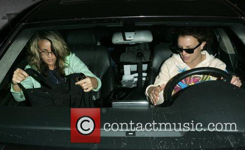 Britney Spears and Jamie Lynn Spears 17