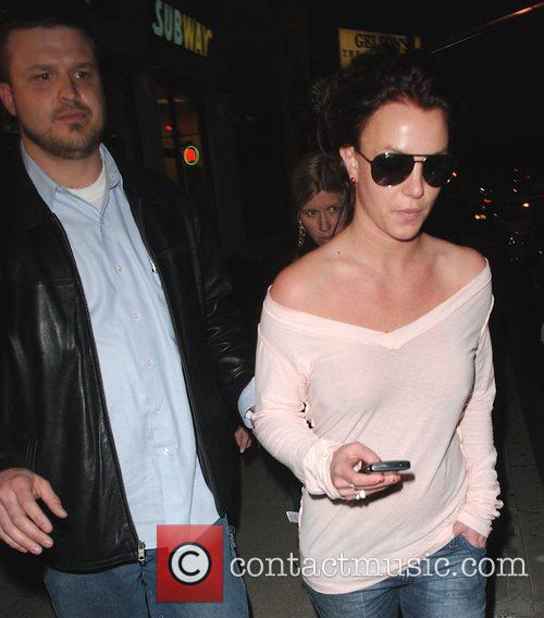 Britney Spears stops by Starbucks to use the...
