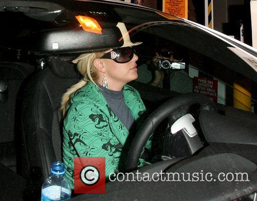 Britney Spears arriving at the Four Seasons hotel...