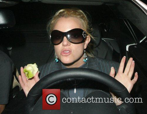Britney Spears and Apple 6
