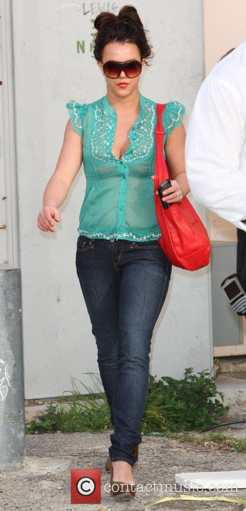 Britney Spears goes shopping at the Levi's Store...
