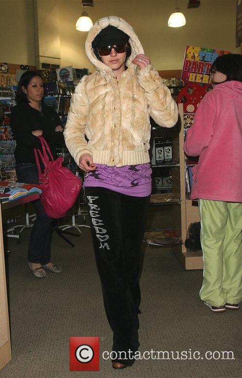 Britney Spears, Jamie Lynn Spears and Thursday 13