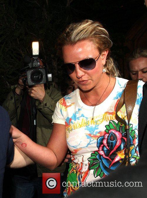 Britney Spears leaving Glenwood Place Recording Studio Los...