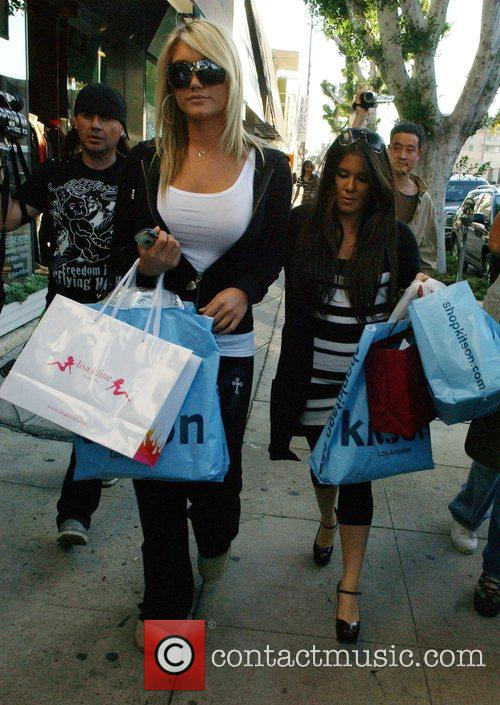 Brooke Hogan is all smiles while she goes...