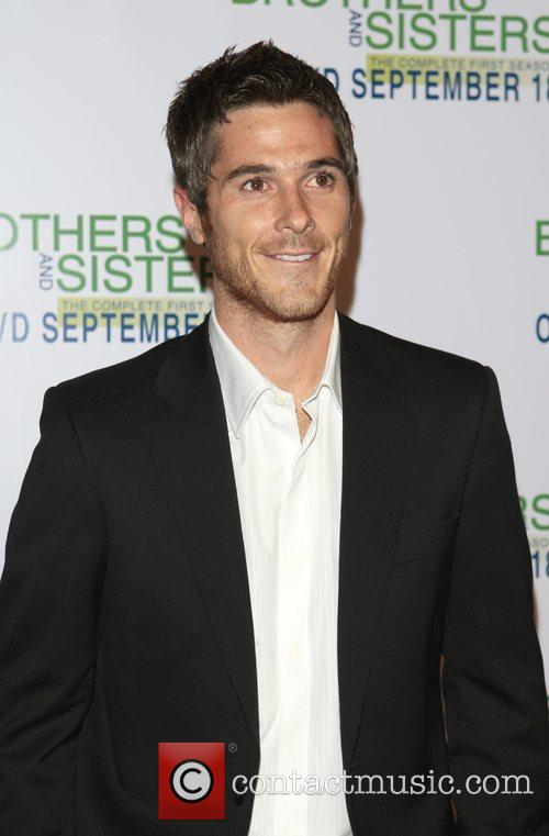 Dave Annable 'Brothers and Sisters' season one DVD...