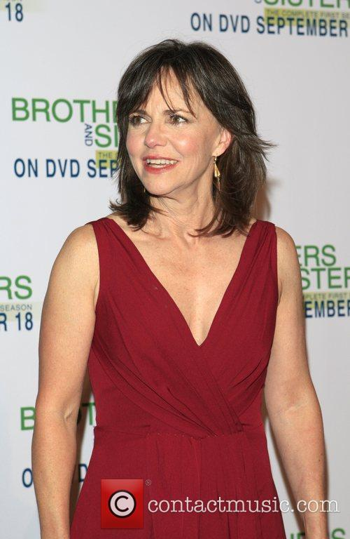 Sally Field 'Brothers and Sisters' season one DVD...