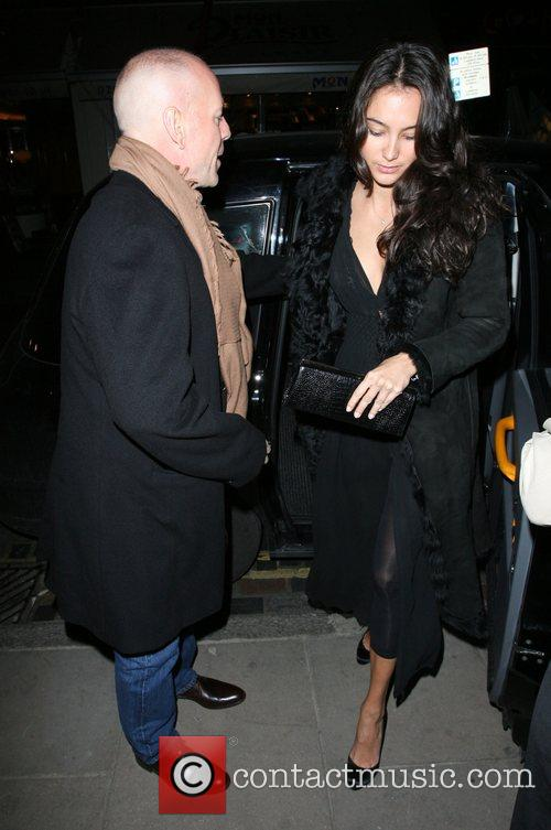 Bruce Willis, His New Girlfriend Emma Heming Arrive Back At Their Hotel and Having Had Had Dinner At The Ivy Restaurant. 7