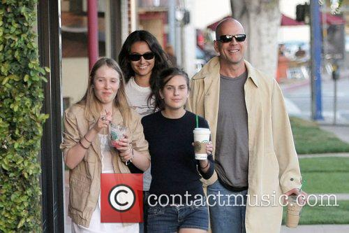 Bruce Willis and Stella Mccartney 8