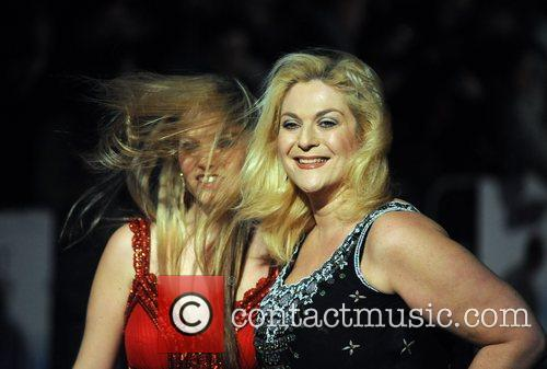 Vanessa Feltz and Daughter 9