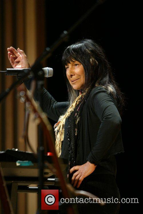 Buffy Sainte-marie and National Museum Of The American Indian 6
