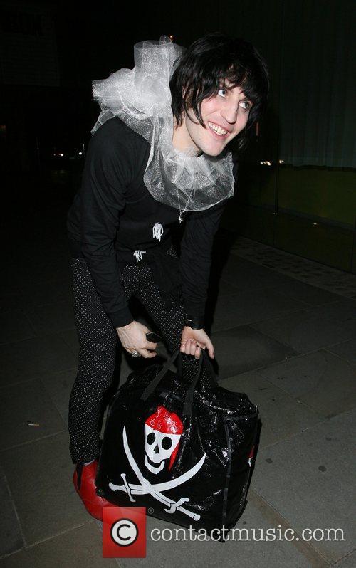 Noel Fielding leaving Bungalow 8 nightclub. London, England