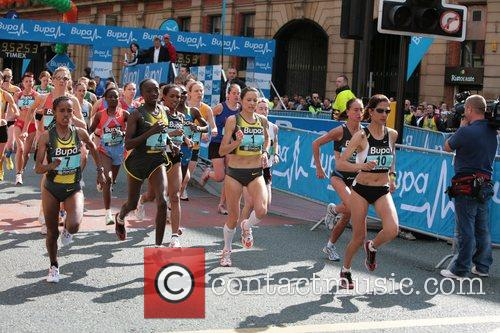 Jo Pavey first place BUPA 10K run Manchester,...