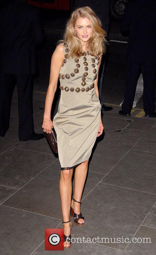 Donna Air and Vanity Fair 7