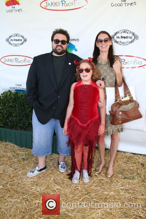 Picture - Kevin Smith  Jennifer Smith and daughter Arley Los Angeles    Kevin Smith Daughter