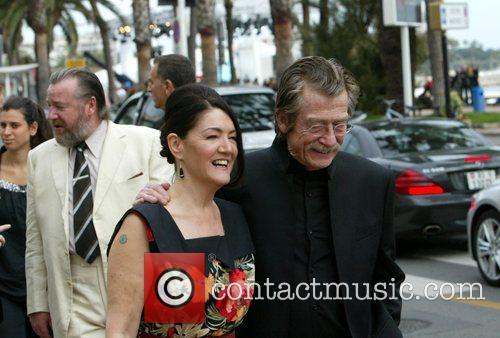 Ray Winstone, Ann Rees Meyers and John Hurt...