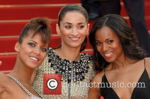 Noemie Lenoir, guest and Kerry Washington The 2008...