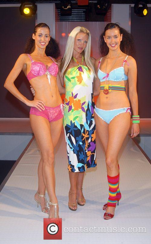 Caprice Bourret and Models 7