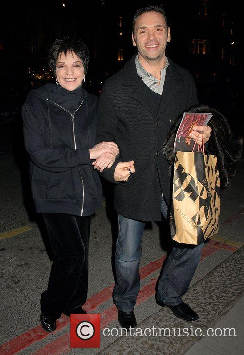 Liza Minnelli Cardboard Citizens dinner with Kate Winslet...