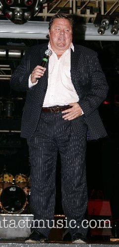 Ted Robins entertains at the Karen Keating Charity...