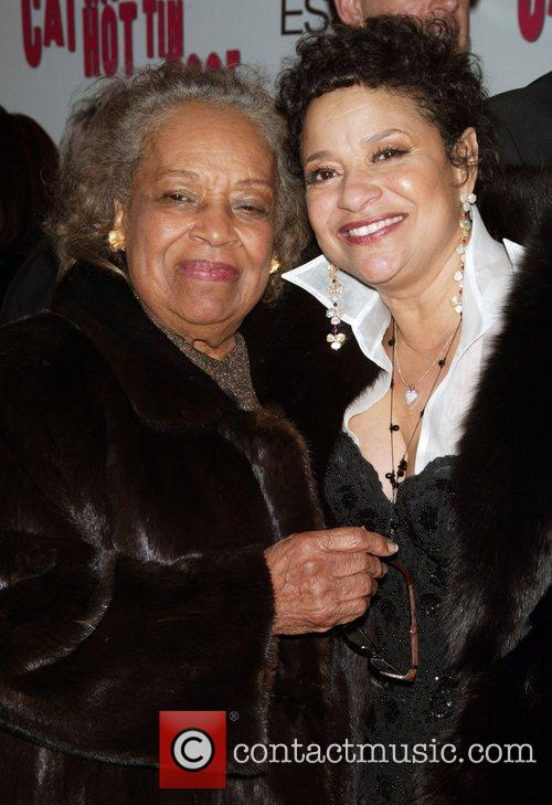Debbie Allen and Her Mother At The Arrivals For The Opening Night Performance Of Cat On A Hot Tin Roof At The Broadhurst Theatre. 4