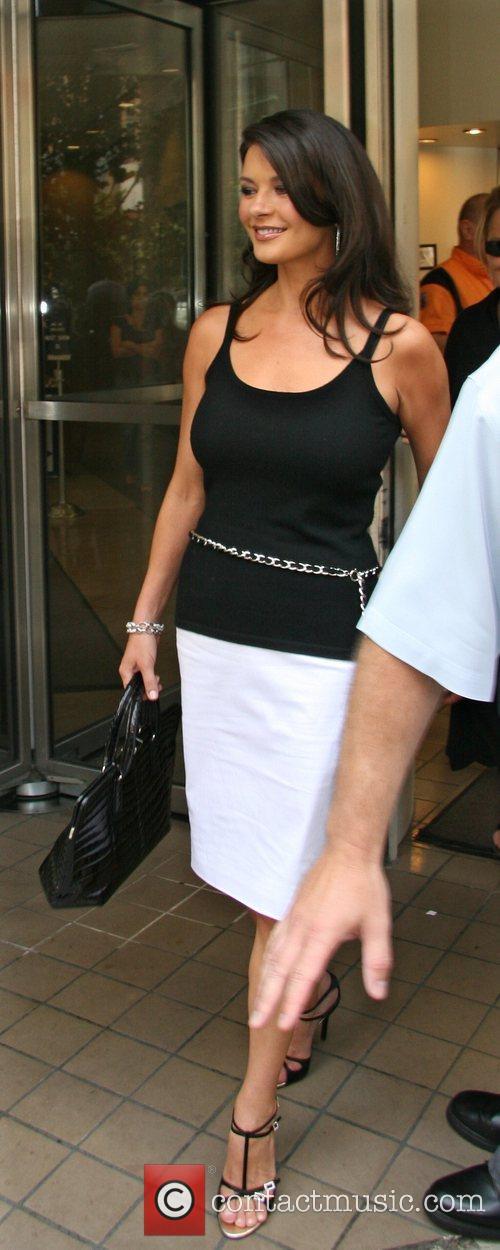 Catherine Zeta Jones 18