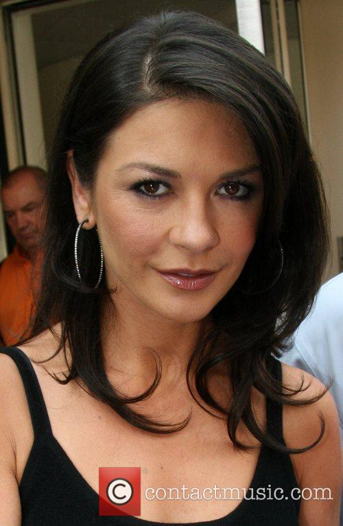 Catherine Zeta Jones 17