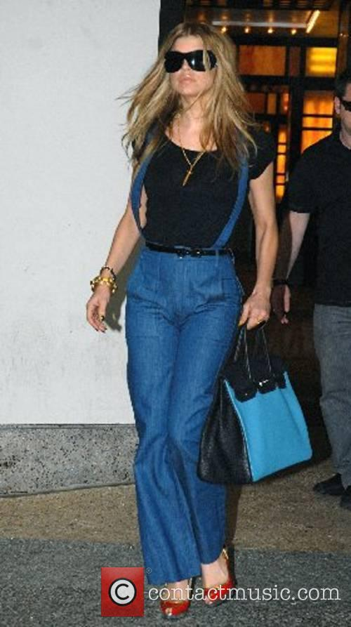 Fergie leaving MTV Studios after appearing on TRL...