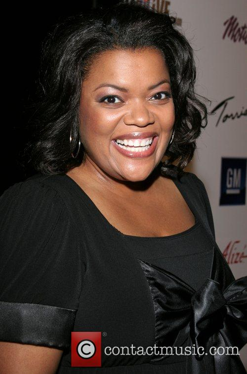 Yvette Nicole Brown Celebrity Catwalk for Charity benefiting...