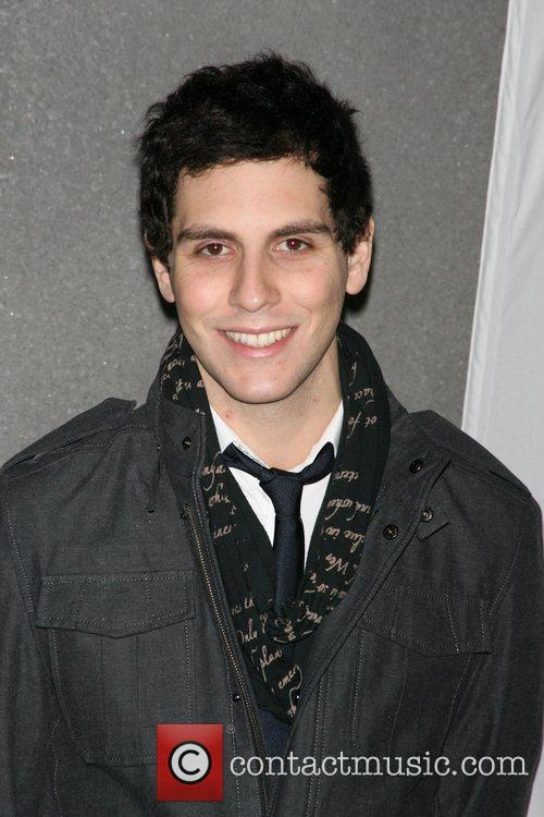 Gabe Saporta On-line auction of celebrity designed lunchboxes...