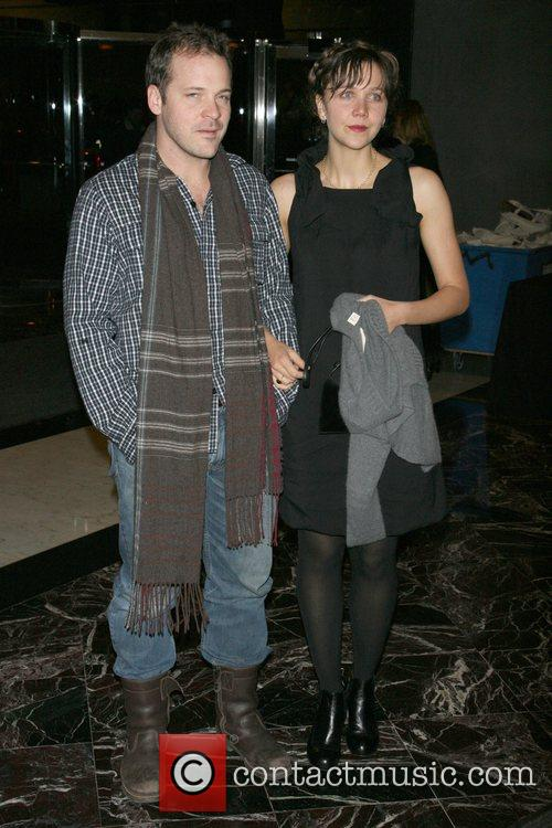Peter Sarsgaard and Maggie Gyllenhaal 3