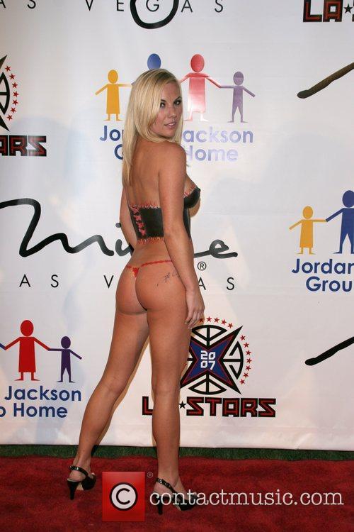 Jana Yearwood wearing body paint The Sports Dream...