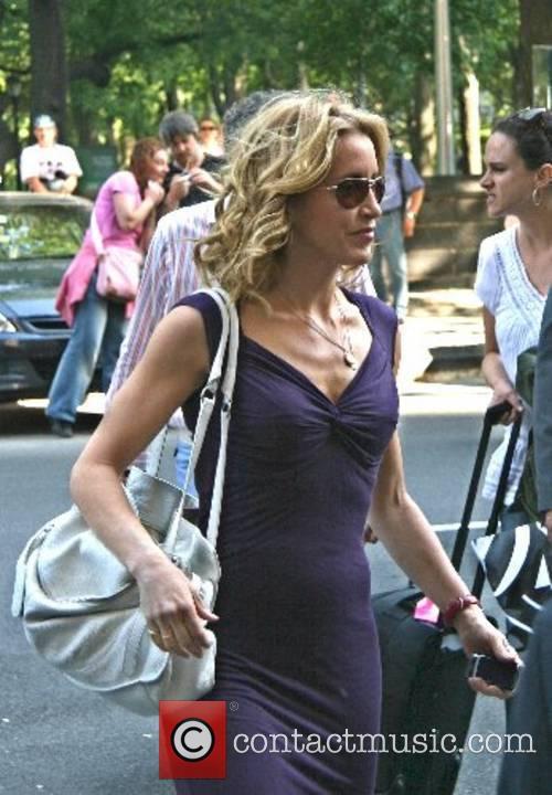 Arriving at her hotel in Manhatten