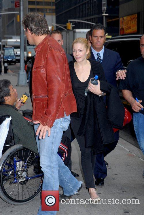Leann Rimes and David Letterman 5