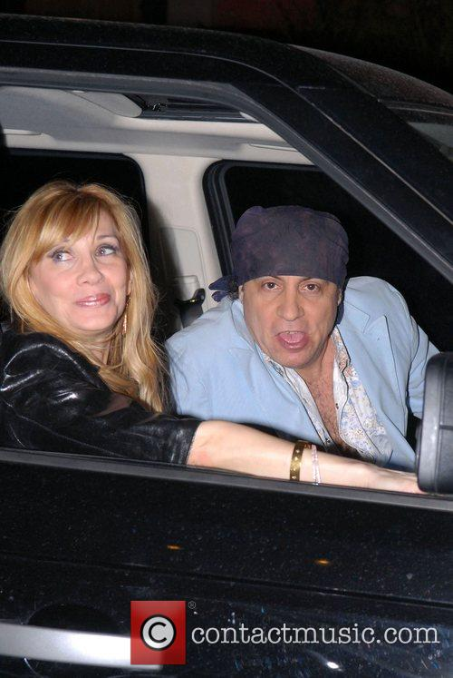 Steven Van Zandt, Maureen Van Zandt Out and About In Manhattan 3
