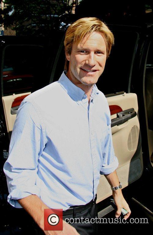 Aaron Eckhart 8