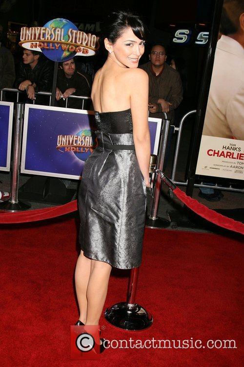 Nazanin Boniadi World Premiere of 'Charlie Wilson's War'...