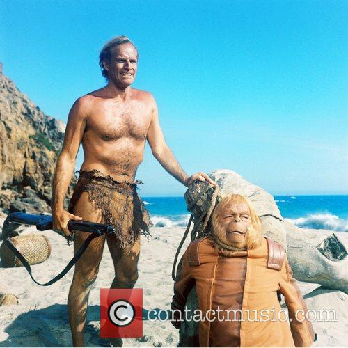 * HESTON DEAD AT 83 Oscar-winning actor CHARLTON...