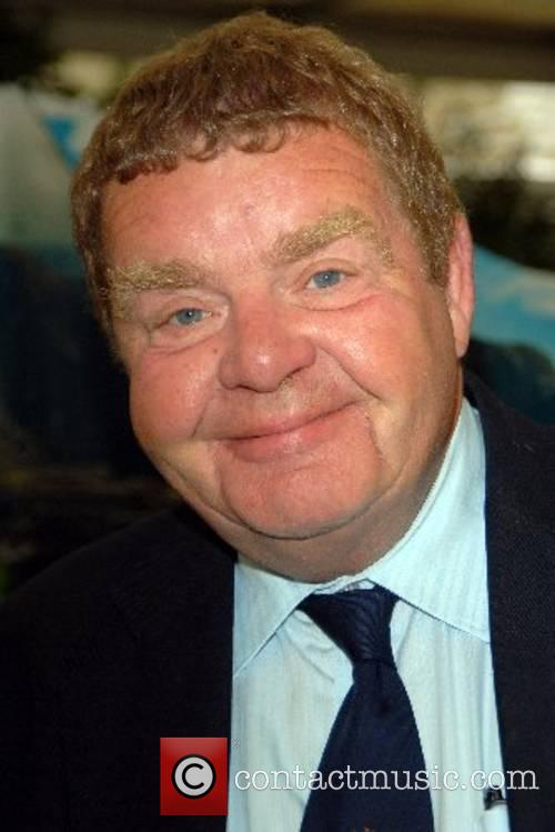 Geoffrey Hughes 5