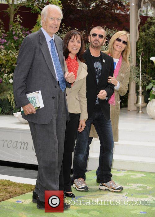 George Martin, Olivia Harrison and Ringo Starr 5