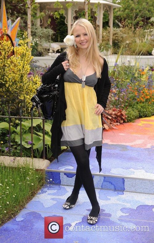 Hannah Sandling 2