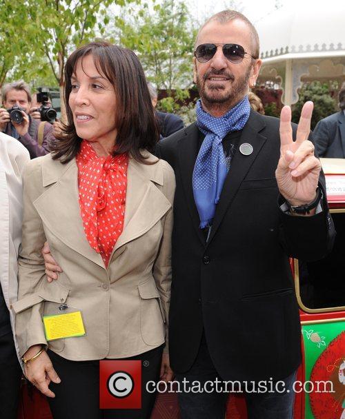 Olivia Harrison and Ringo Starr 4