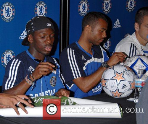 Shaun Wright-Phillips and Ashley Cole Chelsea FC make...