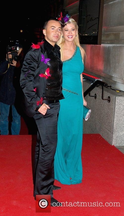 Tara Reid and Julien Macdoanld 4