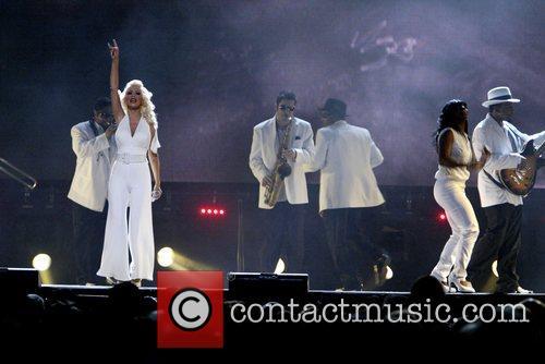 Christina Aguilera 73